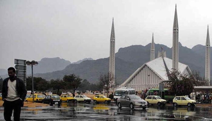 Rain in many cities of Pakistan