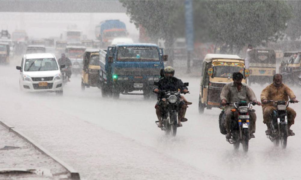 Heavy rain hit different areas of Karachi
