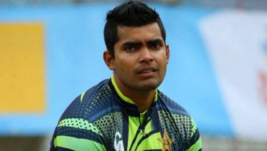 Umar Akmal approaches match fixing