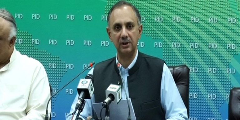 Minister defends power tariff hike, slams PML-N for 'keeping prices unchanged'