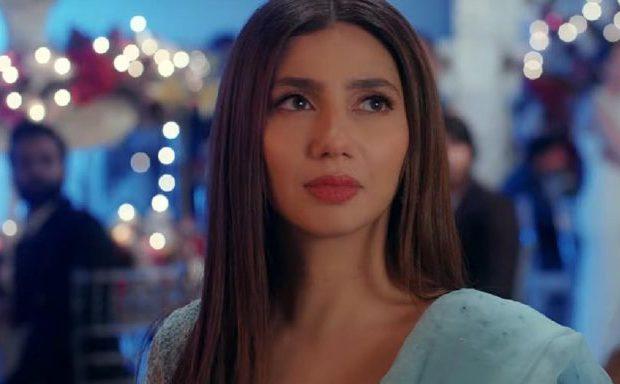 Mahira speaks at the Faiz Festival in lahore