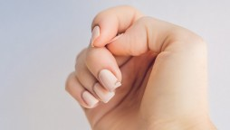 4 Ways to strong nails
